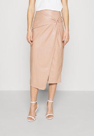 Falda cruzada - pink
