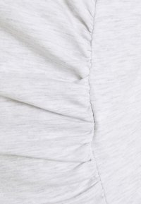 Cotton On - MATERNITY EVERYDAY GATHERED SIDE TANK - Top - silver marle - 2
