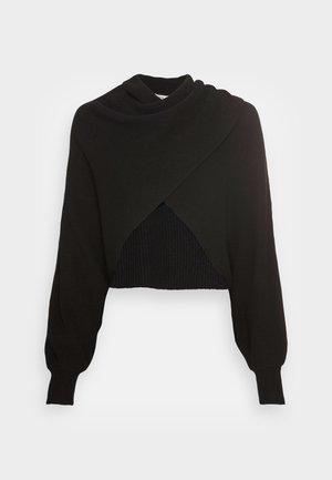 MORA WAY  - Stickad tröja - black