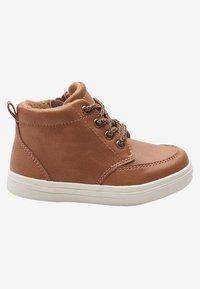 Next - CHUKKA - Baby shoes - brown - 5