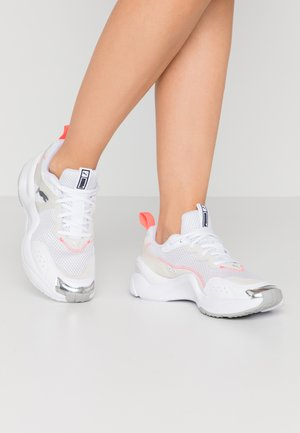 RISE CONTRAST  - Sneakers - white/ignite pink