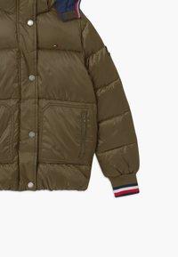 Tommy Hilfiger - ESSENTIAL PUFFER - Winter jacket - green - 2
