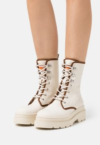 Scotch & Soda - AUBRI BOOT - Lace-up ankle boots - weiß - 0