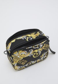 Versace Jeans Couture - CAMERA BAG  - Torba na ramię - multi-coloured - 2