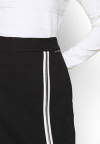 KARL LAGERFELD - CADY SKIRT - Pencil skirt - black - 4