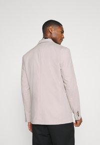 Selected Homme - SLHSLIM - Blazer jacket - sandshell - 2