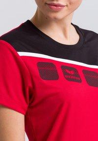 Erima - Print T-shirt - red/black/white - 3