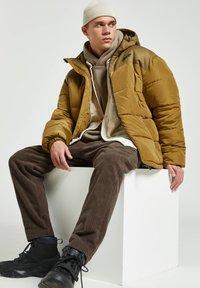 PULL&BEAR - Winter jacket - yellow - 5