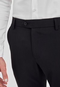 Next - Pantaloni eleganti - black - 2
