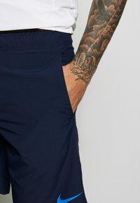 Nike Performance - FLEX SHORT - Sports shorts - obsidian/black/soar - 4
