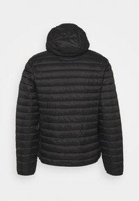 Champion - HOODED JACKET - Training jacket - black - 8