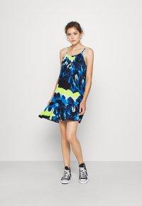 Superdry - DAISY BEACH DRESS - Denní šaty - blue - 1