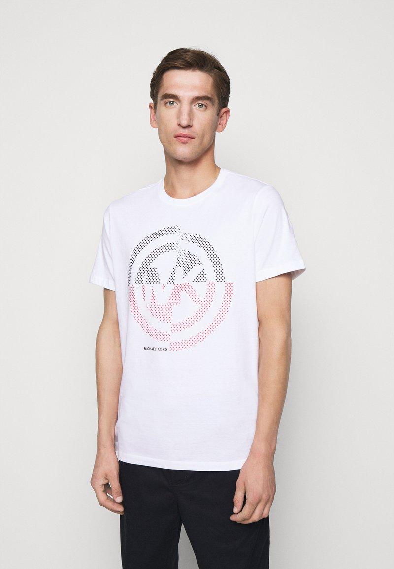 Michael Kors - TARGET TEE - Print T-shirt - white