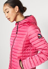 Superdry - CORE - Dunjakke - hot pink - 4