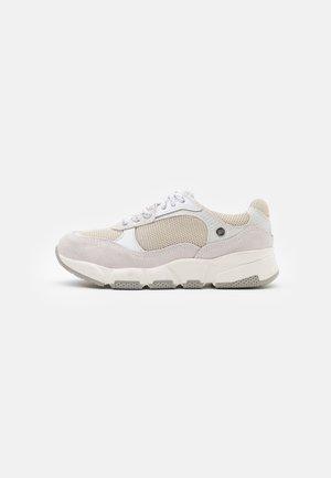 Sneakers laag - blanco