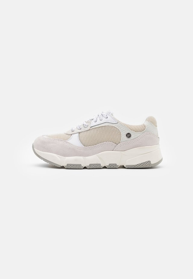 Trainers - blanco