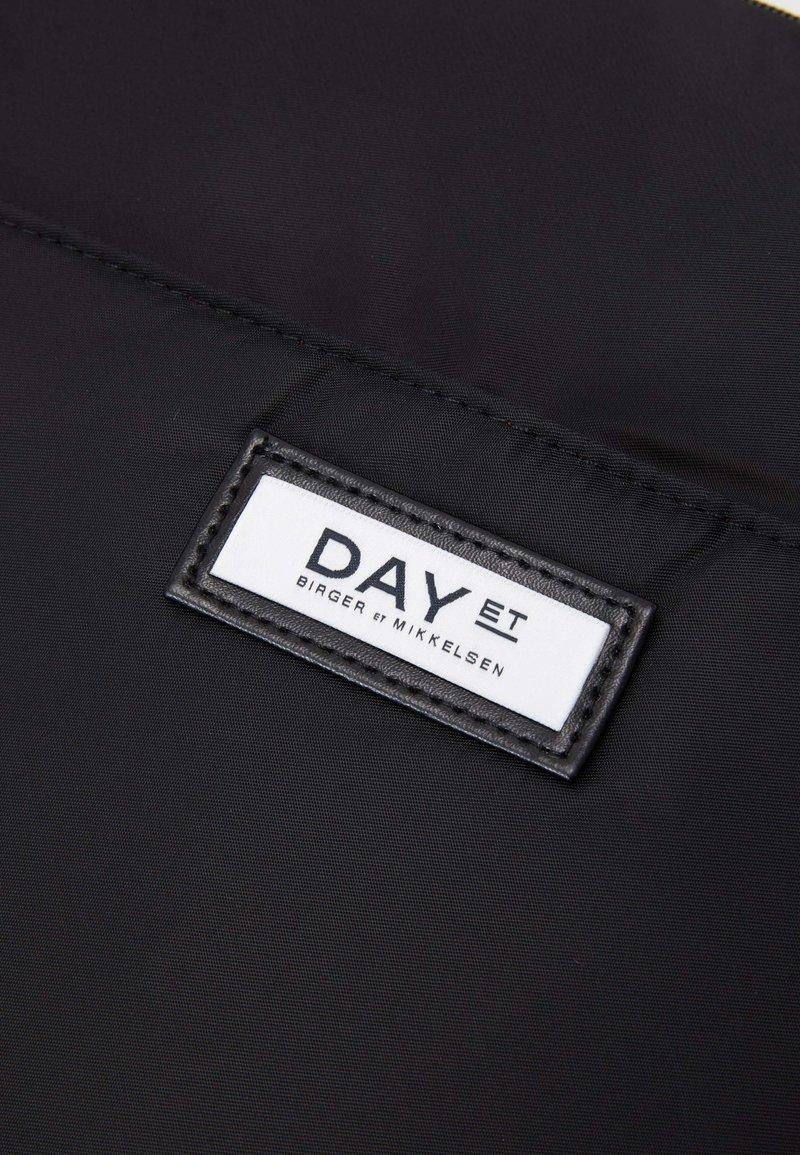 DAY ET GWENETH PRACTIC - Handväska - black