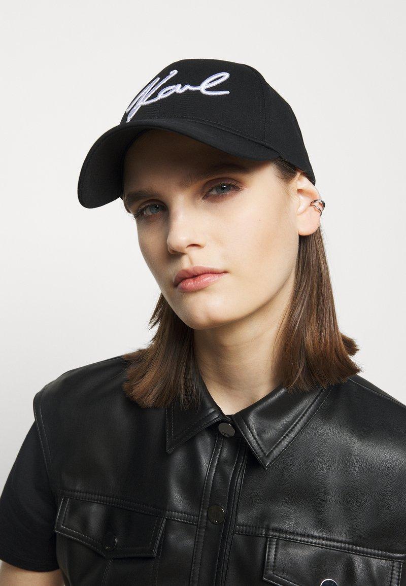 KARL LAGERFELD - SIGNATURE - Cap - black