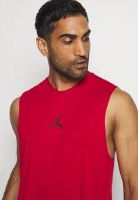 Jordan - AIR TOP - Funkční triko - gym red - 4
