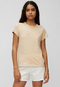 Marc O'Polo DENIM - REGULAR FIT - Basic T-shirt - island beach - 0