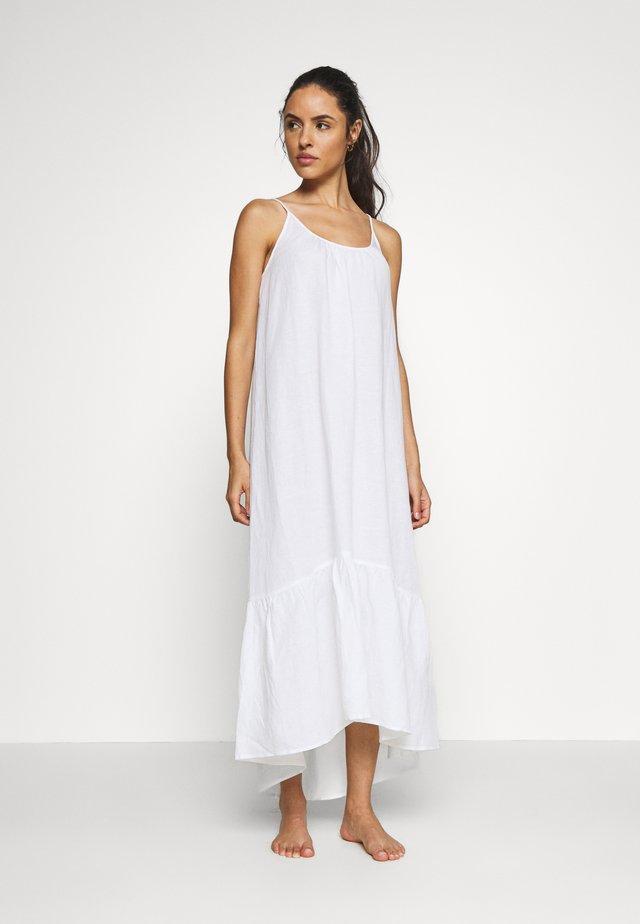 ESSENTIALS CAPSULE DRESS OPTION - Complementos de playa - white