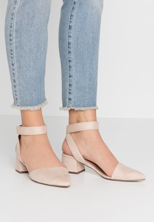 BETHANIA - Pumps - bone
