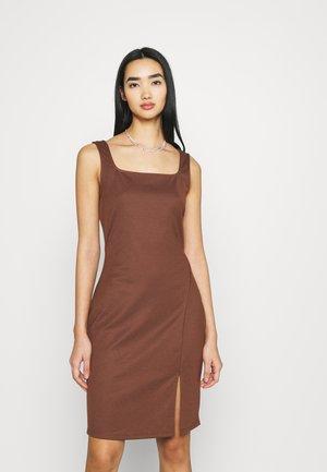 VMEDNA SHORT DRESS - Shift dress - rocky road