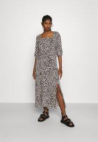 b.young - JOELLA SMOCK DRESS  - Day dress - birch - 0