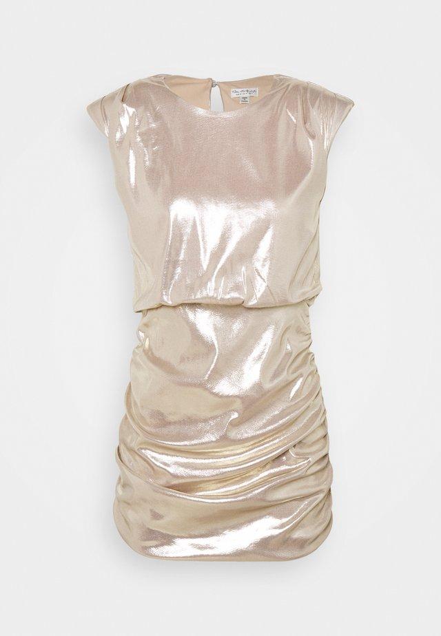 SLEEVELESS METALLIC DRAPE MINI DRESS - Juhlamekko - rose gold