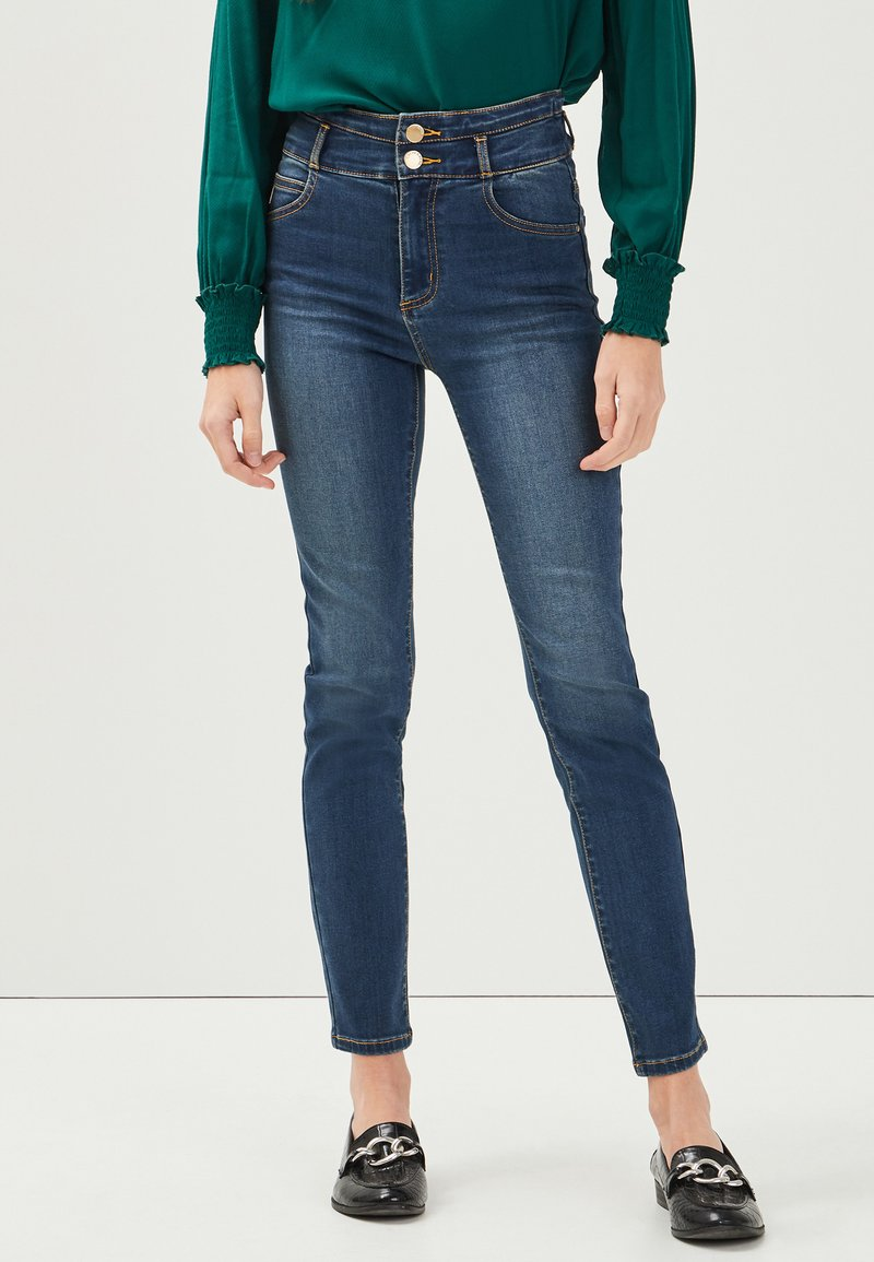Cache Cache - MIT HOHER TAILLE - Slim fit jeans - denim stone