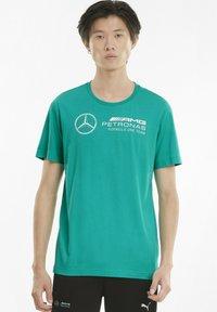 Puma - T-shirt imprimé - spectra green - 0