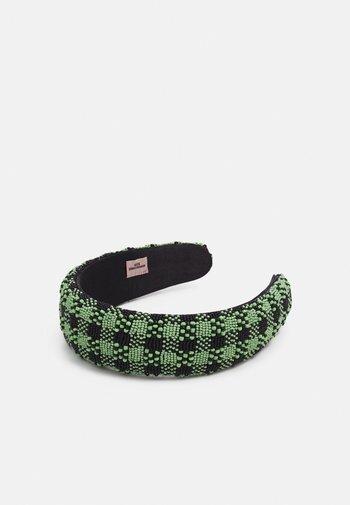 MUKKA HAIRBRACE - Hair styling accessory - nile green
