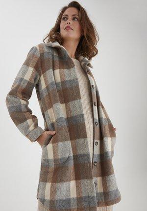 FXTACHECK  - Short coat - off-white