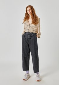 PULL&BEAR - Button-down blouse - beige - 1