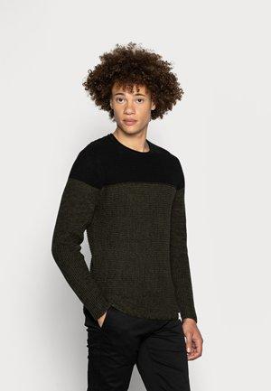 ONSSATO COLORBLOCK CREW NECK  - Stickad tröja - rosin