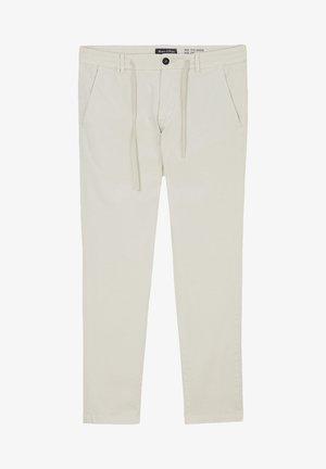 MODELL STIG  AUS TENCEL - Trousers - puritan