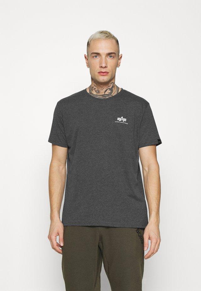 BASIC SMALL LOGO - Basic T-shirt - charcoal heather/white