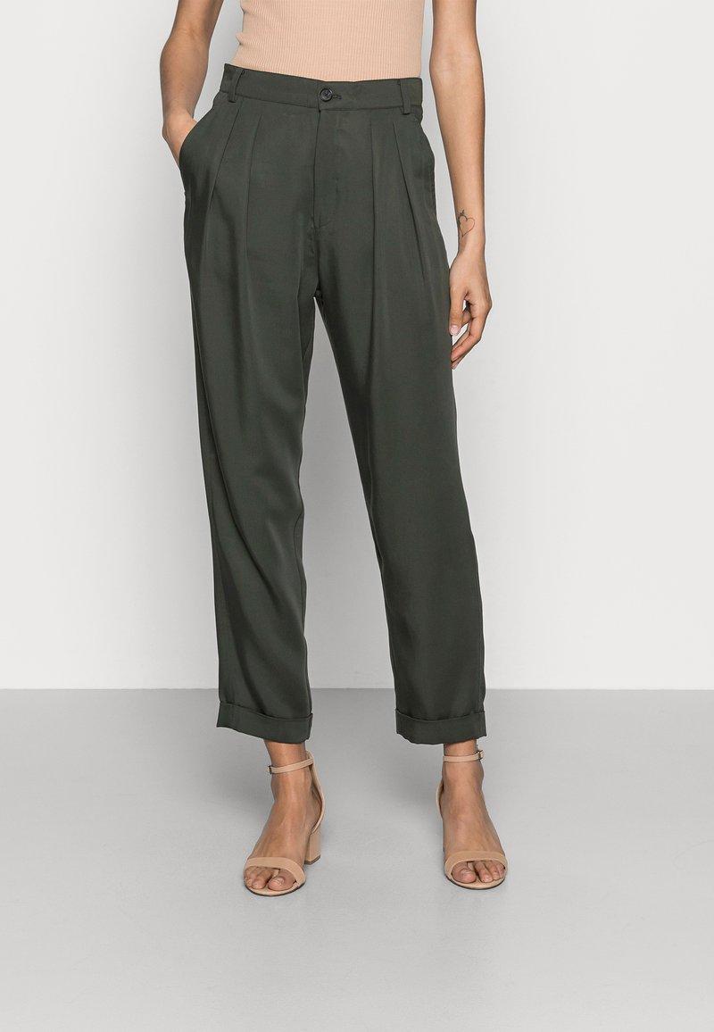 InWear - IZLA PANTS - Trousers - green olive