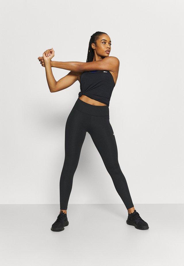 LUX PERFORM - Legging - black