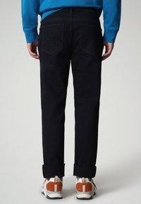 Napapijri - MEROS - Trousers - blu marine - 2