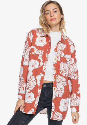 TURN IT UP - Overhemdblouse - coral