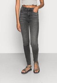 Vero Moda - VMSOPHIA  - Jeans Skinny Fit - dark grey denim - 0