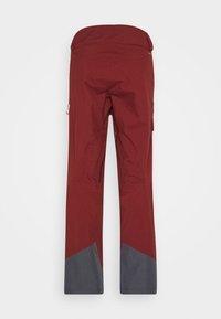 Salomon - OUTPEAK SHELL BIB PANT - Zimní kalhoty - madder brown/ebony - 8