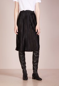 Bruuns Bazaar - PENNY CECILIE SKIRT - A-lijn rok - black - 0