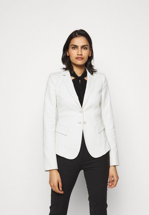 Blazer - clay white