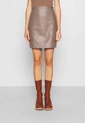 ELECTRA - Kožená sukně - grey