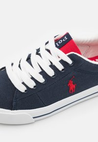 Polo Ralph Lauren - GRAFTYN UNISEX - Trainers - navy/red - 5