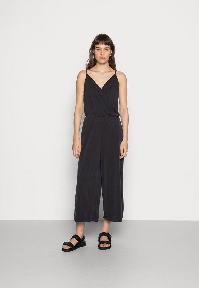 LINA - Jumpsuit - black