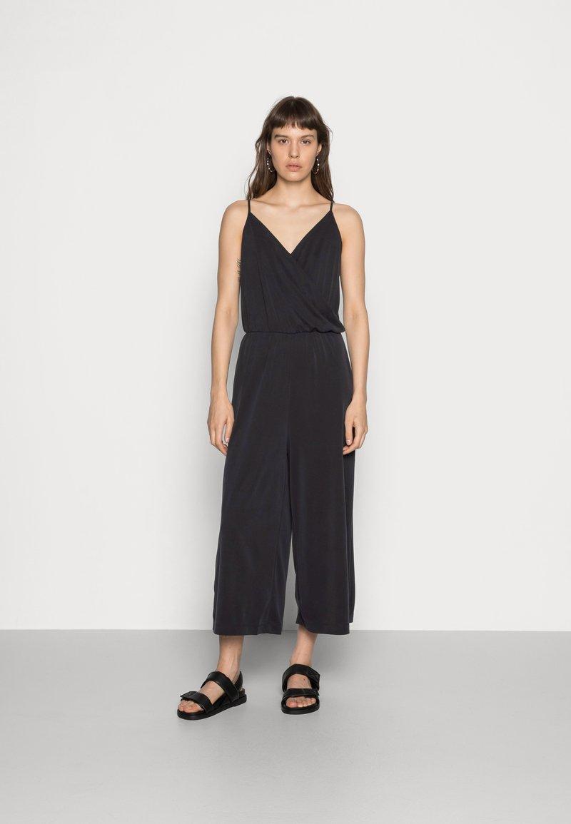 Monki - Jumpsuit - black