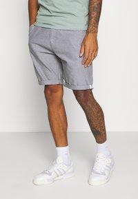 Brave Soul - CANTLEY - Shorts - grey - 0